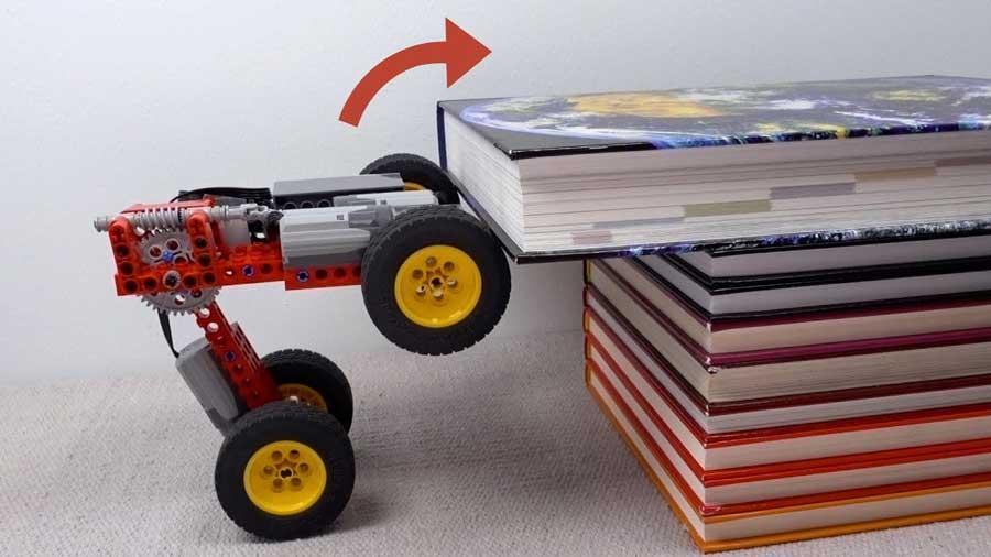 Video: S lego autom zdoláte takmer každú prekážku