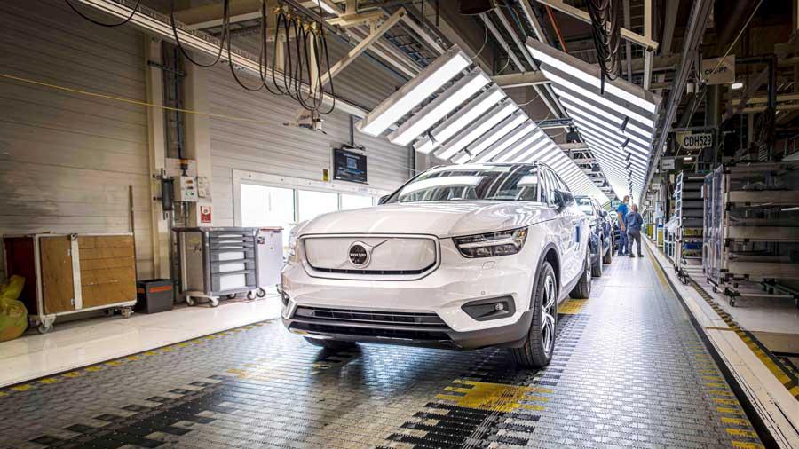 Volvo verí elektrike, pripravuje ďalšie elektrické SUV