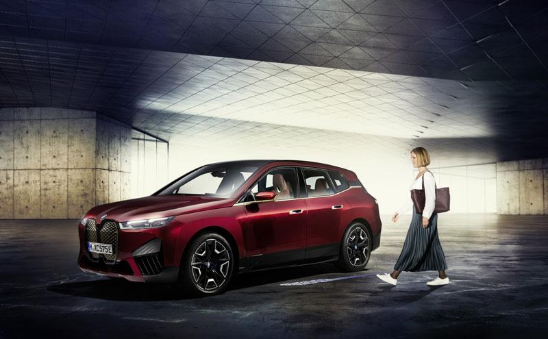 Nový digitálny kľúč BMW má byť bezpečnejší. Útok zachytením signálu bude nemožný