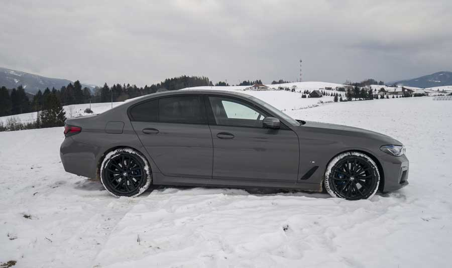 BMW 545e (2)