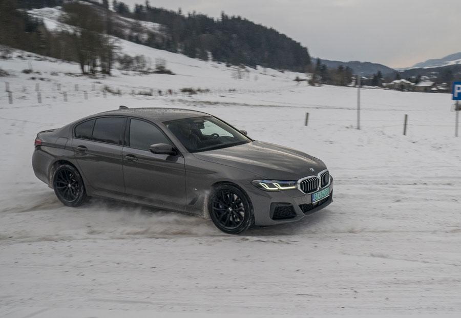BMW 545e (22)