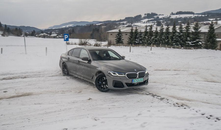 BMW 545e (23)