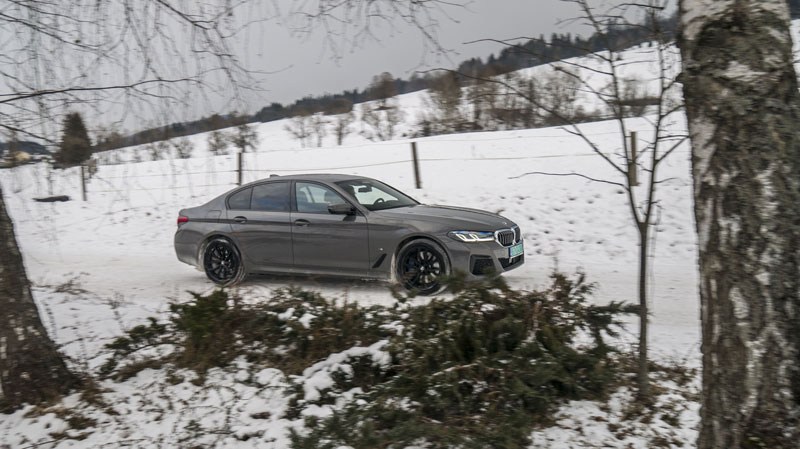 BMW 545e (25)