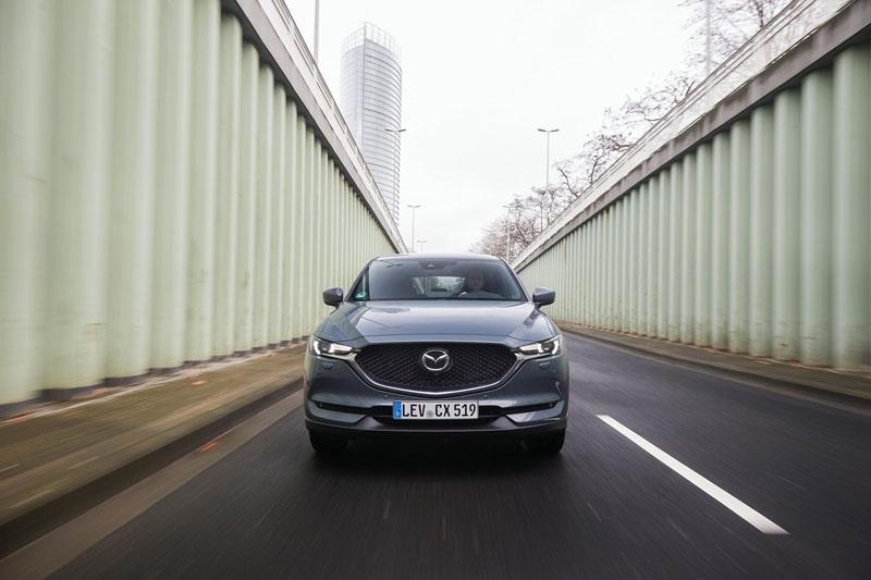 2021_Mazda-CX-5_Polymetal-Grey_Action_28
