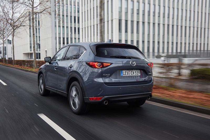2021_Mazda-CX-5_Polymetal-Grey_Action_34