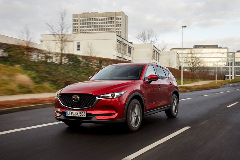 Mazda vylepšila SUV CX-5. V slovenskom cenníku chýbajú naftové verzie