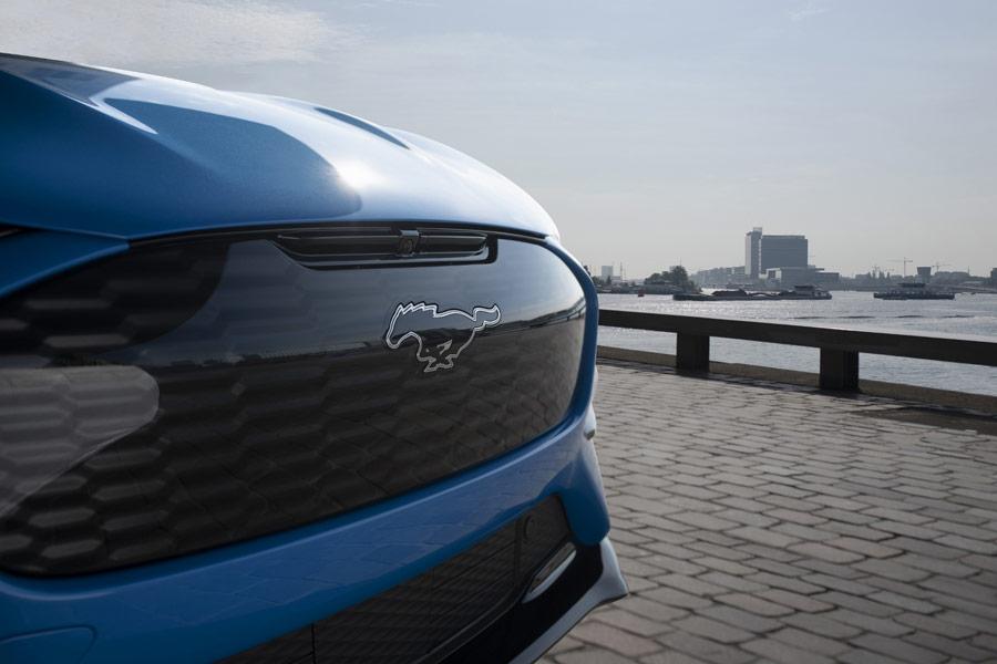"""Ford prehlbuje spoluprácu s VW a pripravuje nový elektromobil na platforme modelov """"ID."""""""