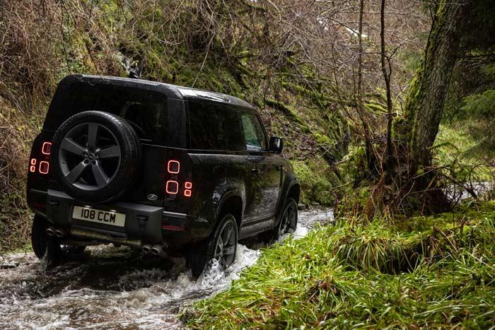 Land Rover Defender V8 (6)