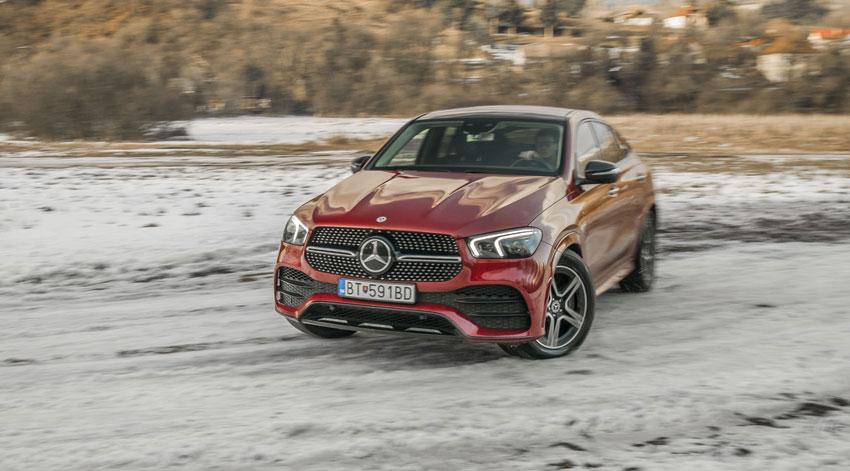 Test Mercedes GLE kupé 400d: Pohon 4Matic sa predviedol na snehu