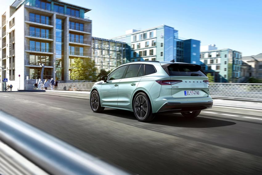 Prichádza Škoda Enyaq iV 50, lacnejšia verzia elektrického SUV