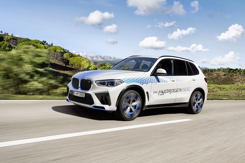Vodíkové BMW iX5 si budú môcť vyskúšať návštevníci IAA Mobility