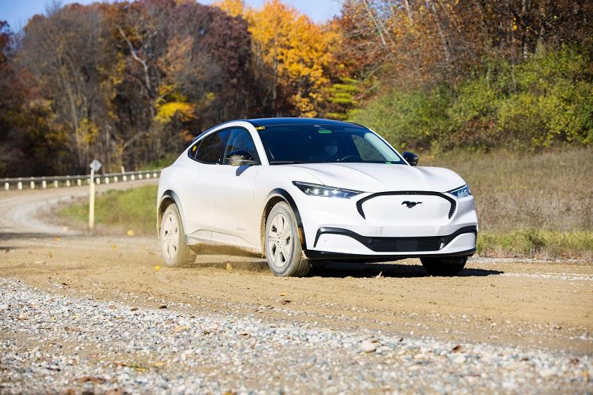 Ford prezradil, čím si musel Mustang Mach-E prejsť počas testov