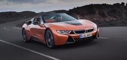 BMW i8 už aj s vetrom vo vlasoch