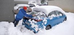 Pozrite si vo videu základné pravidlá jazdy na snehu v meste
